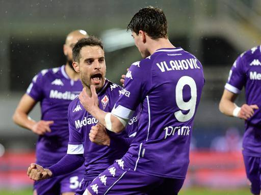 Fiorentina suffers but starts again: three gold points at the halfway point