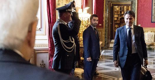 no to government with Renzi, but there are no numbers – Corriere.it
