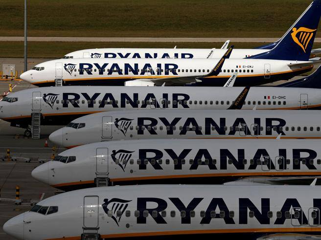 Ryanair in red: expected loss of almost one billion euros in 2020: worst year in history- Corriere.it