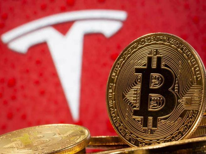 Tesla and Bitcoin: how long can the new (pagan) market cult last?