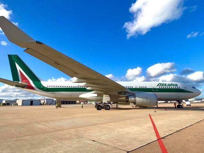 New Alitalia, the latest industrial plan reduces planes and personnel – Corriere.it