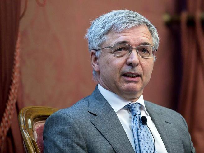 Recovery: funds, reforms and timing of aid.  Minister Franco's speech to the Chambers in 7 points